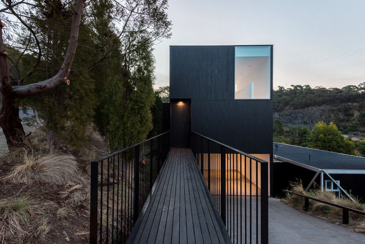 Gr)ancillary Dwelling / Crump Architects | ArchDaily