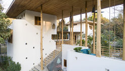 Nomadic Hotel / Salagnac Arquitectos