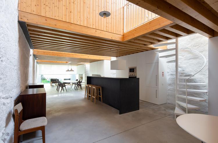 Loft Miraflor / Alexandre Loureiro Architecture Studio, © Alexander Bogorodskiy