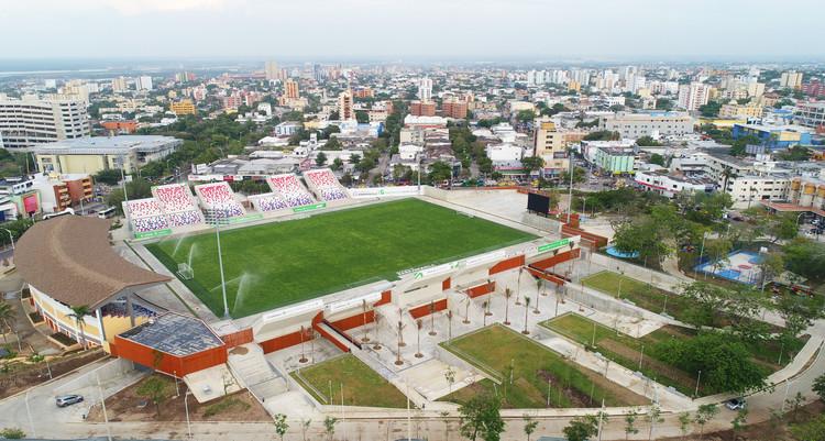 Estadio Romelio Martínez / El Equipo Mazzanti, © A Construir S.A