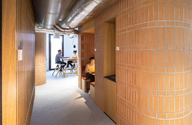 Losinger Marazzi's Offices / Studio Banana, © Ruben P. Béscos