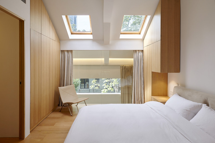 Renovating Town House the Pine / Studio Glume, 3F Bedroom. Image © Zhifeng He