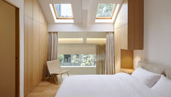 Renovating Town House the Pine / Studio Glume