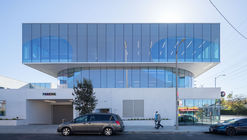 Los Angeles LGBT Center - Anita May Rosenstein Campus / Leong Leong + Killefer Flammang Architects