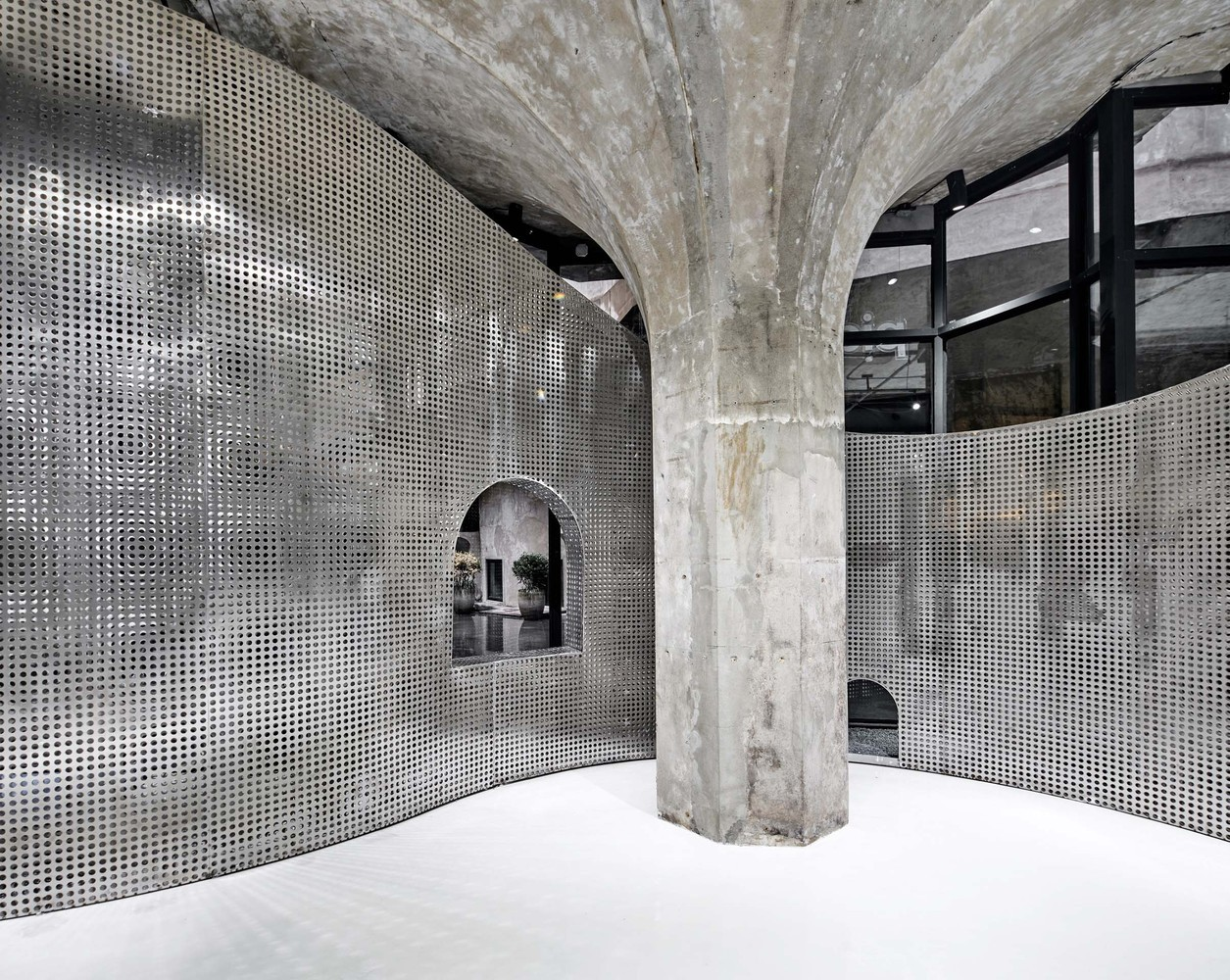 15 Projects of Steel Stealing the Show