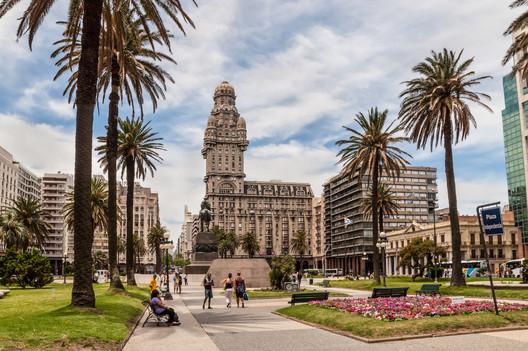 © byvalet / Shutterstock. ImageMontevideo, Uruguay