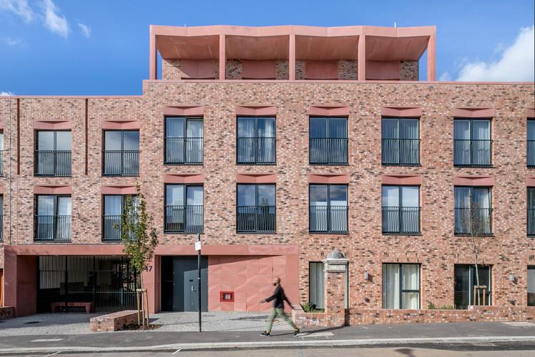 Gainsford Road Housing / Gort Scott, © Pocket Living