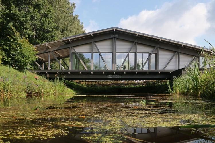Casa puente / BIO-architects, Cortesía de Ivan Ovchinnikov