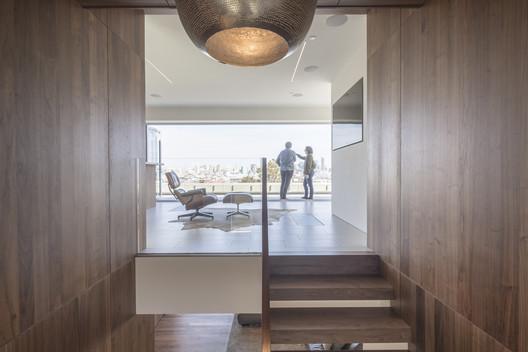 19th Street Residence / Sidell Pakravan Architects