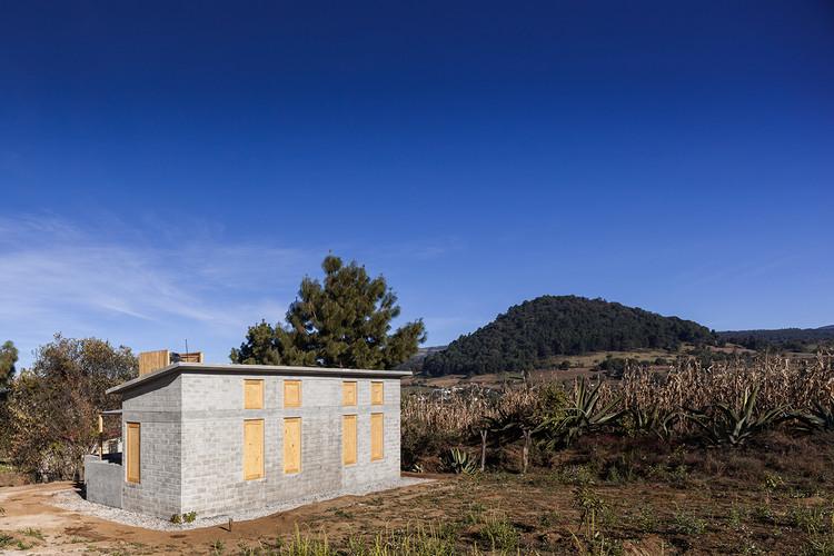 Mulato House / taller paralelo, © Zaickz Studio
