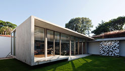 Capobianco House / Kruchin Arquitetura