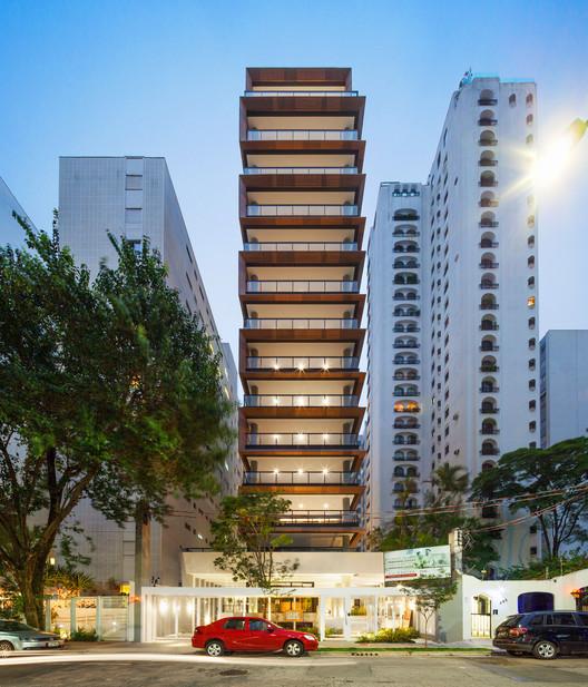 Jade Building / FGMF Arquitetos, © Rafaela Netto