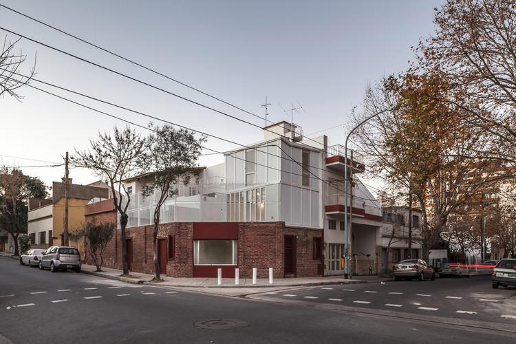 Atelier Vilela / Hitzig Militello Arquitectos. Image © Federico Kulekdjian