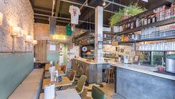Restaurante Brizza / Victoria Rizzo Arquitetura + Joana Adamy