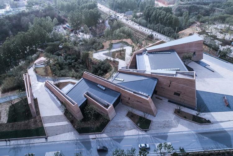 Zhengzhou Jianye Football Town Tourist Center / SHUISHI, © Yijie Hu