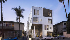 San Vicente935 Housing / Lorcan O'Herlihy Architects