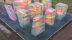 Prismatic Installation / Hou de Sousa