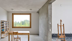 Artists' Home and Studio  / Piotr Brzoza Architekten