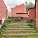 Architecture Guide: 20 Must-See Works by Alvar Aalto Digitally Adapted Image. Image © Wikipedia User: Kulmalukko Licensed under CC BY-SA 3.0