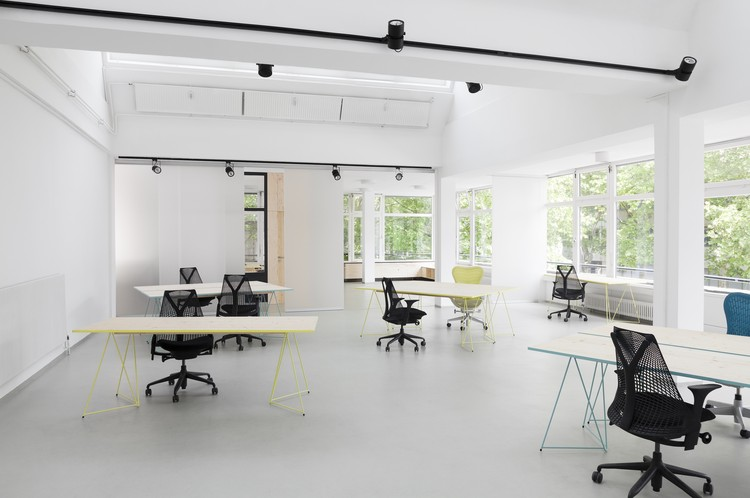 Impact Hub Berlin Office Interiors Lxsy Architekten Archdaily