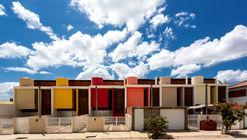 Sobrados Novo Jardim / Jirau Arquitetura