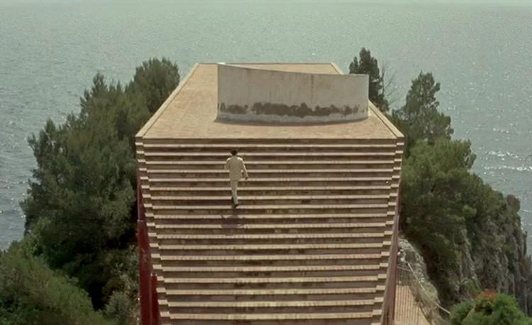 6 Casas en 6 películas: arquitectura y espacios cinematográficos, Casa Malaparte em O Desprezo. Imagem: screenshot do filme
