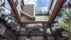 Edificio Lirio 7 / BAAQ'