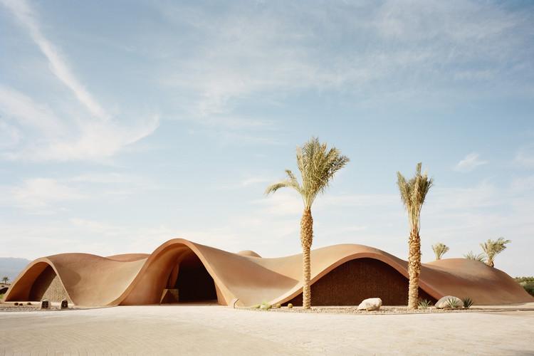 Club de golf Ayla / Oppenheim Architecture, © Rory Gardiner
