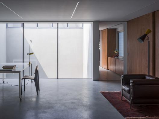 Studio on 2F. Image © Haiting Sun