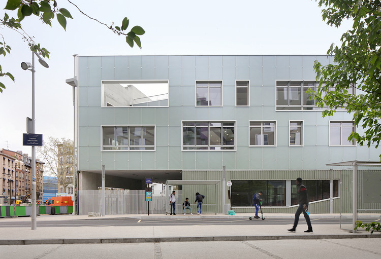 High School in Boulogne / Mikou Studio, © Filip Dujardin
