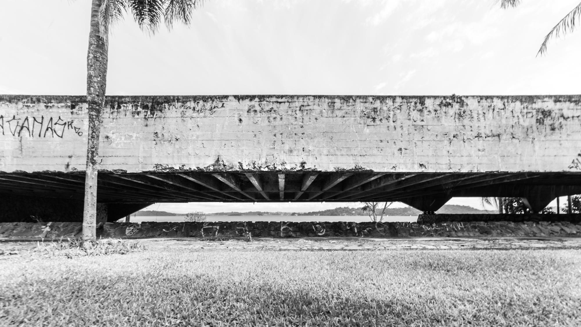 Brutalismo e Abandono: Santa Paula Iate Clube pelas lentes de Guilherme Pucci