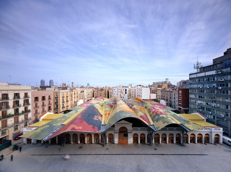 Barcelona City Guide: 23 Places to See in Gaudi's Birthplace, Santa Caterina Market by Enric Miralles and Benedetta Tagliabue. Image Courtesy of Miralles Tagliabue EMBT