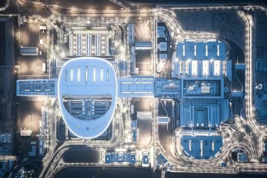 El puente Hong Kong-Zhuhai-Macao incluye un puerto de control sobre una isla artificial, diseñado por ECADI. Image © Feng Shao