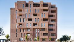Edificio de 73 viviendas de alquiler / Muñoz Miranda Architects