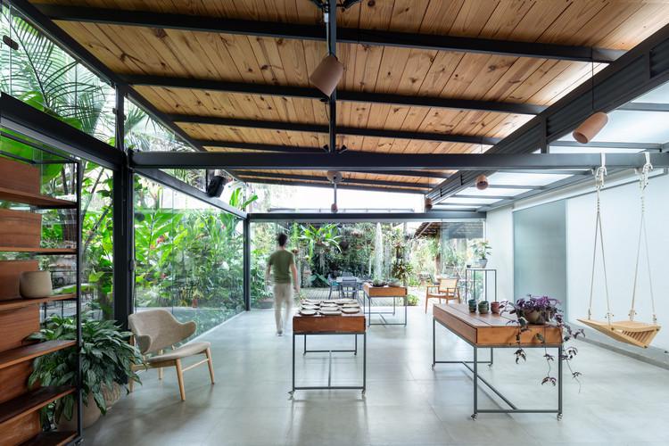 The Ceramic Atelier / Gabriel Castro (MOBIO Arquitetura) + Luiza Soares, © Gabriel Castro / Reverbo