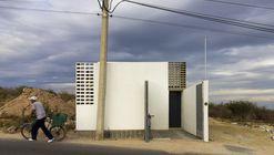 Casa + Grande / Cubo Rojo Arquitectura