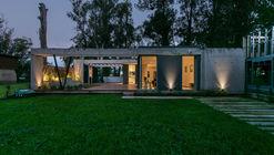 Valente House / Moirë arquitectos