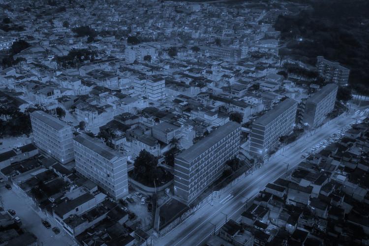 """Arquicast #74: Série """"A cidade no Brasil"""", modificada. Image © Sérgio Souza - Unsplash"""
