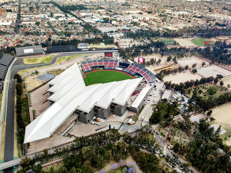 "FGP Atelier + Taller ADG Design ""Devil Tail"" Baseball Stadium in Mexico City, Estadio Diablos. Image © Rafael Gamo"