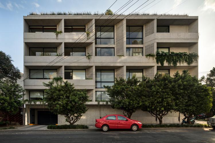DPS Apartments / Estudio MMX + Olga Romano, © Rafael Gamo