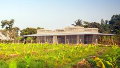 Biblioteca de Kaeng Krachan / Junsekino Architect and Design