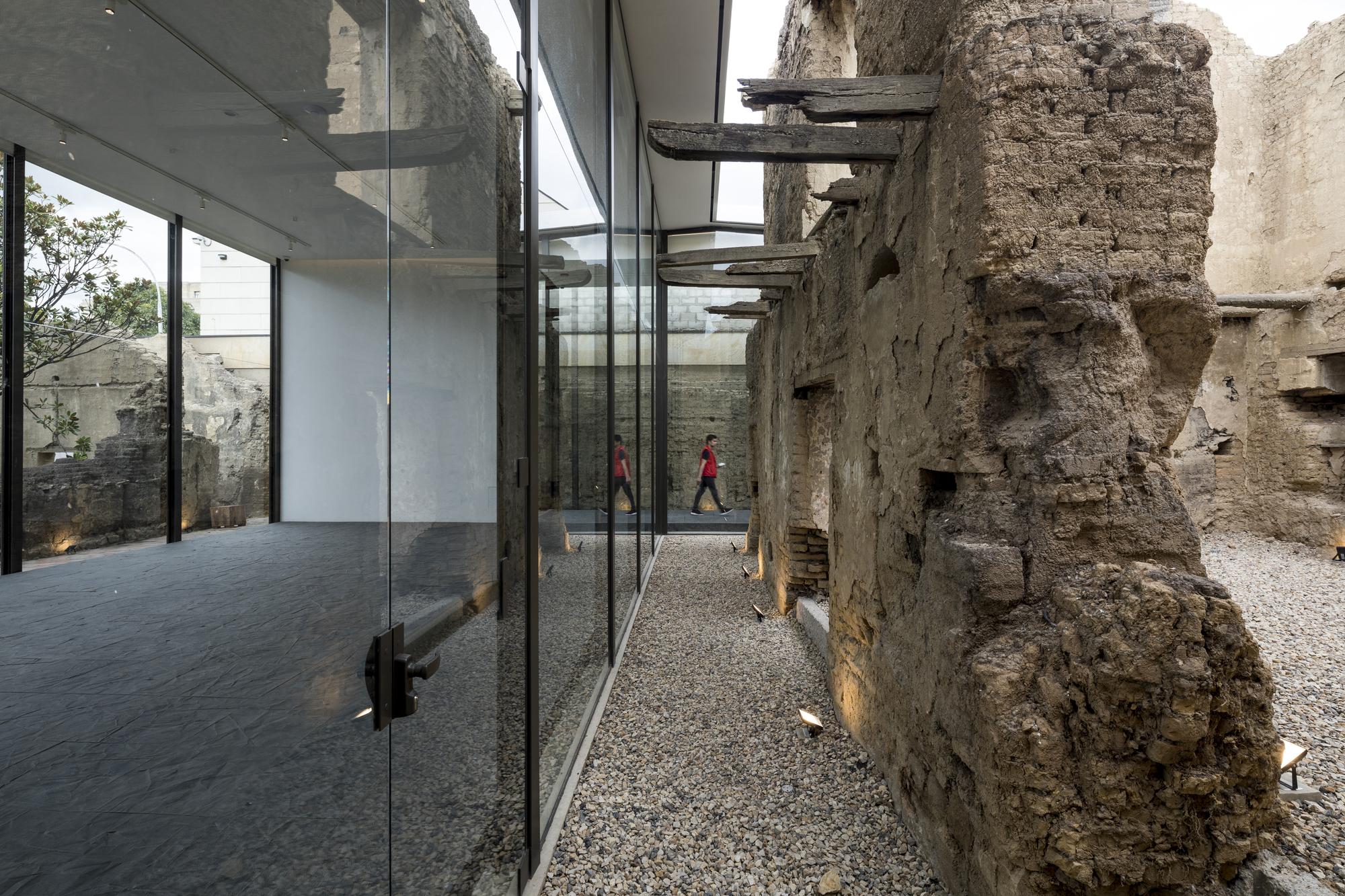 Fragments – Counter Monument / Granada Garcés Arquitectos