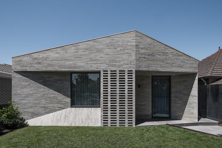 Bayside House / Adam Kane Architects, © Tom Blachford
