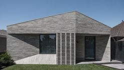 Casa Bayside / Adam Kane Architects