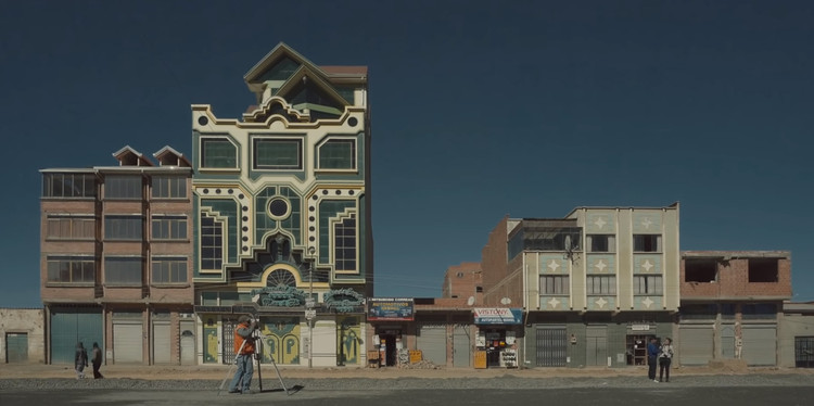 Cholet: mira aquí el documental completo sobre la obra de Freddy Mamani , Captura de imagen: <a href='https://www.youtube.com/watch?v=_KjPQPQTgZo'>Cholet</a>