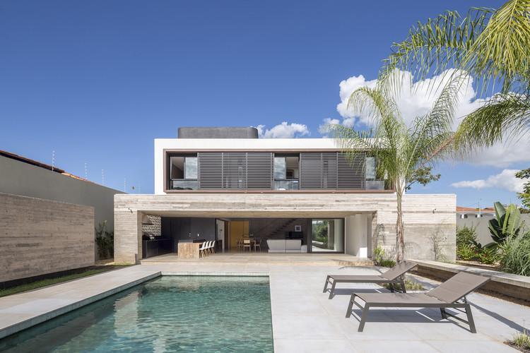 Casa 11 / CoDA arquitetos, © Joana França