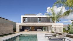 11 House / CoDA arquitetos