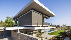 TLV House / Metropole Architects
