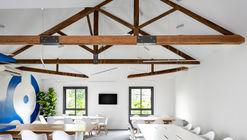Coworking The Corner / Meireles+Pavan Arquitetura + Dea! Design