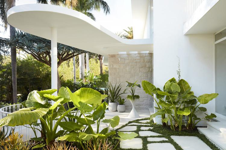 Residência em homenagem a Oscar Niemeyer / Luigi Rosselli, © Prue Ruscoe